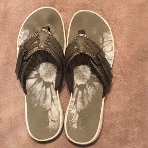 Clarks Pewter Flip Flops size 10